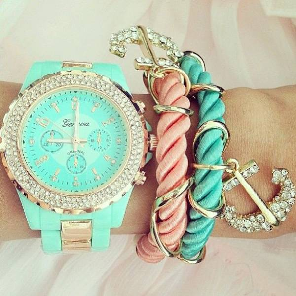 girly-pastel-arm-candy