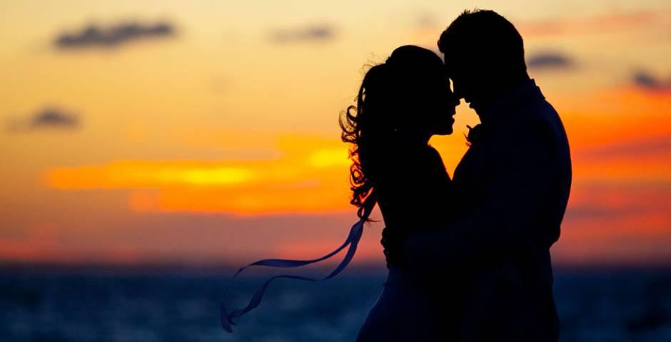 couple couvher de soleil