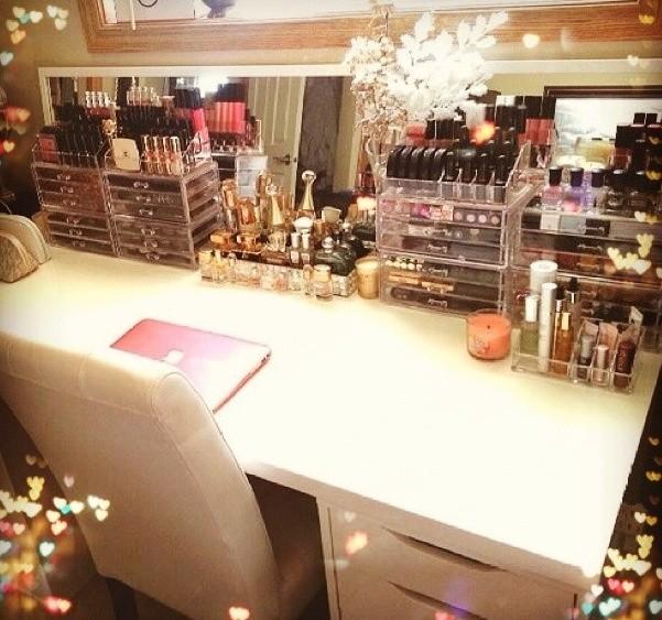 10 astuces rangement maquillage tr s utiles - Tour de rangement maquillage ...