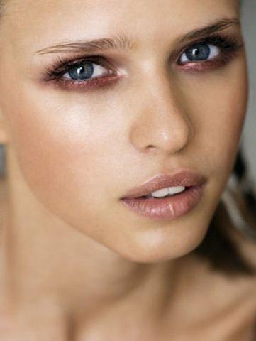 6 Maquillage métallique