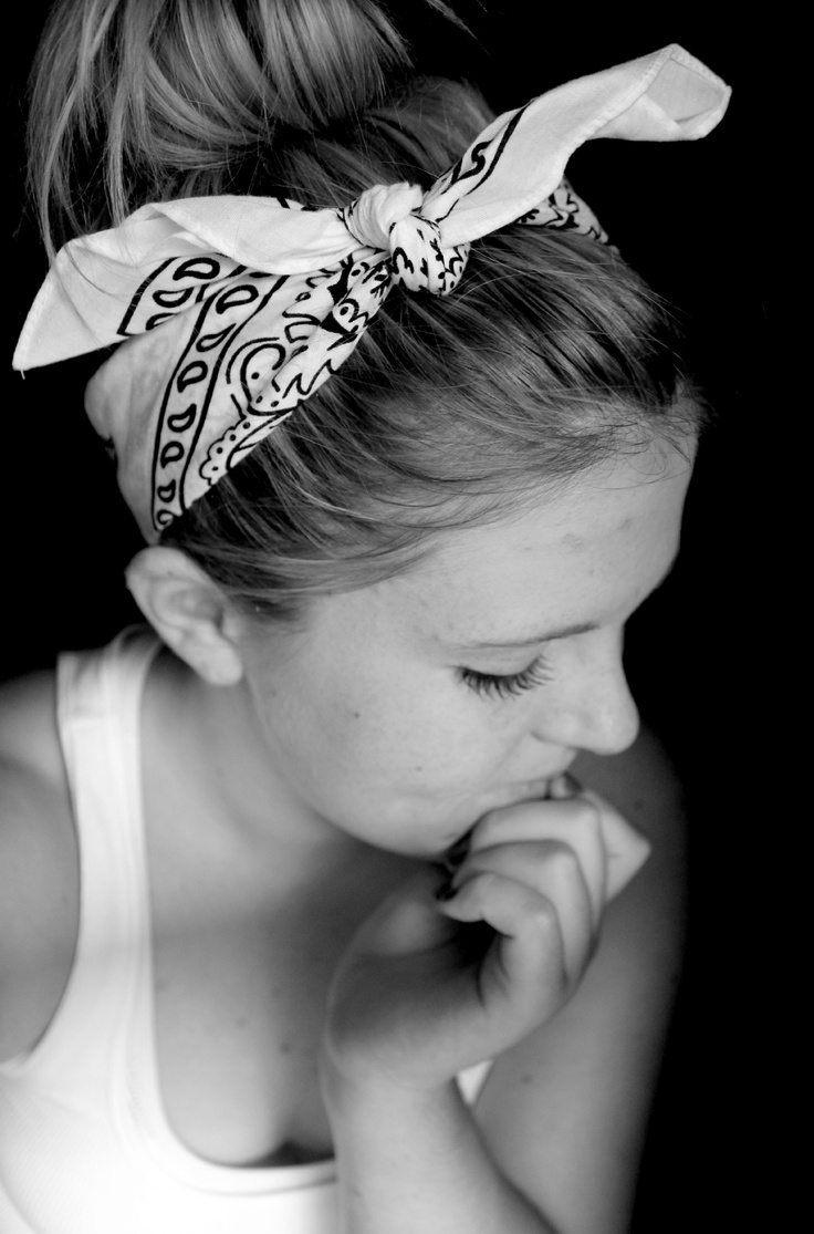 10 idées de coiffures avec un bandana – Astuces de filles