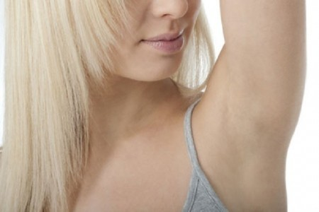 tips beauty-a-pass-the-daily-armpit-sweat-450x300
