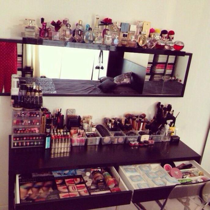20 astuces pour ranger son maquillage comme une pro - Comment bien ranger son armoire ...